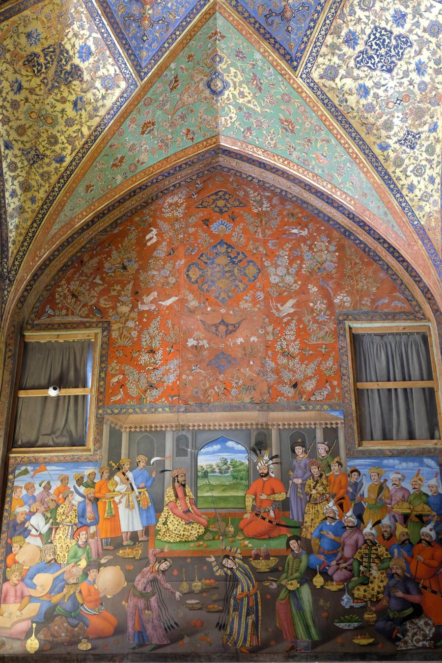 Esfahan KAKH-E CHEHL SOTUN painting