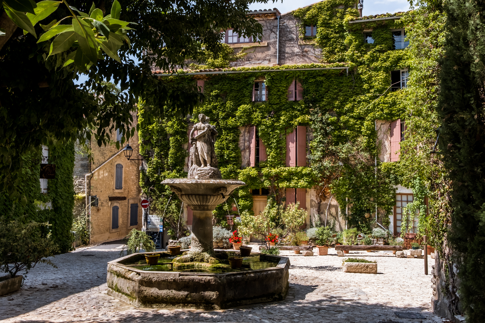 Saignon Luberon Provence