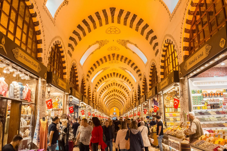 Istanbul itinerary - 3 days in Istanbul Egytian Bazaar