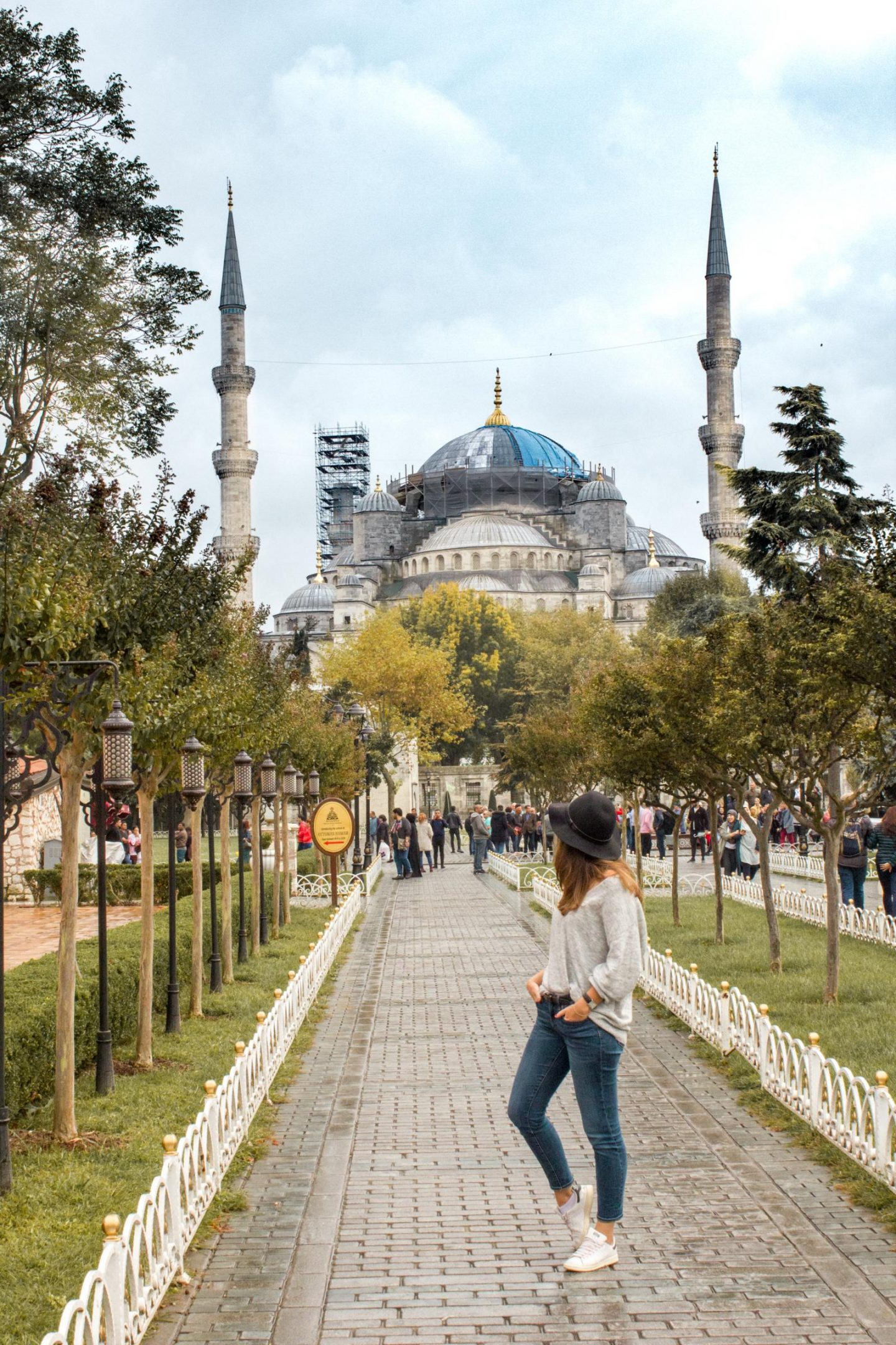 Istanbul itinerary - 3 days in Istanbul Blue Mosque Emma BonjourSunset