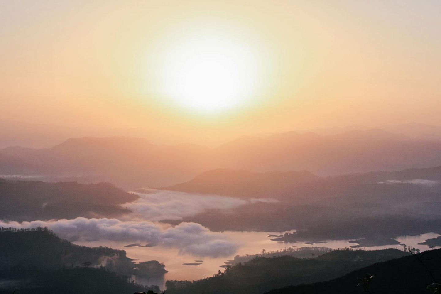Adam's Peak Sunrise view