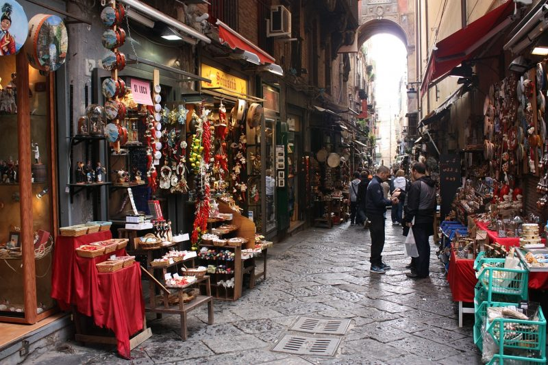 3 days Naples itinerary - Spaccanapoli