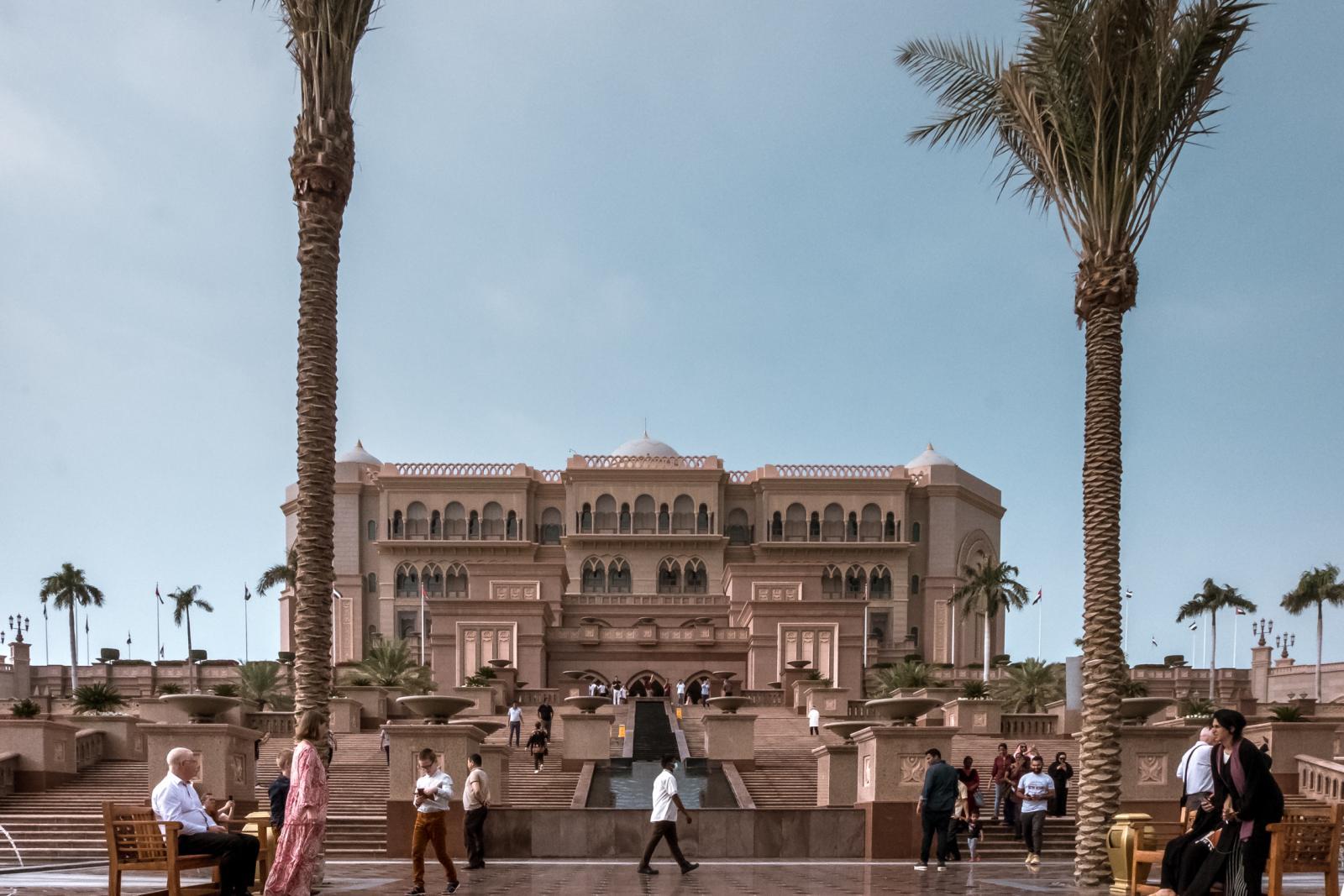Abu Dhabi Holidays Emirates Palace Must do