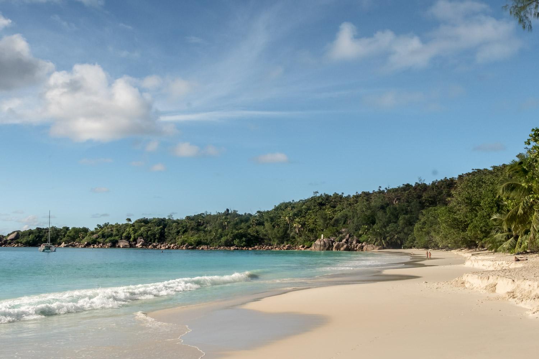 What to do in Praslin Seychelles Anse Lazio